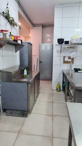RESTAURANTE EN TRASPASO BUENA ZONA - foto 4