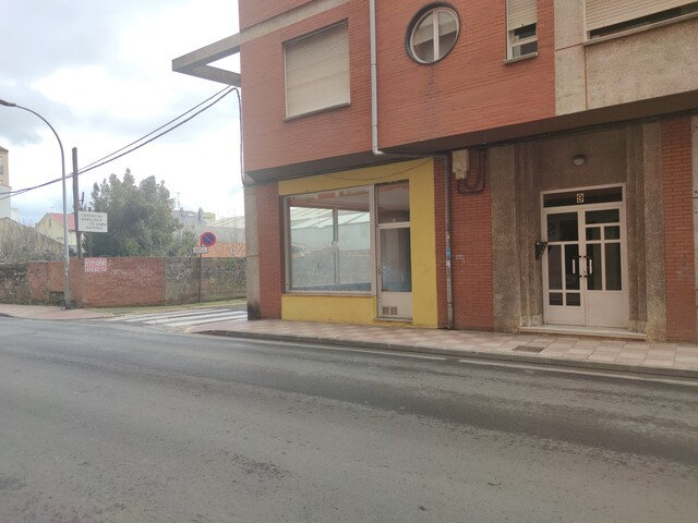 LOCAL COMERCIAL EN ALQUILER - foto 3