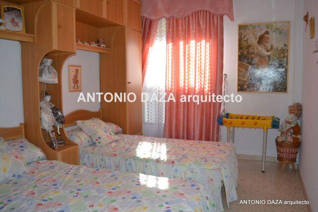GRAN PISO EN AVDA.  DE ANDALUCIA - foto 1