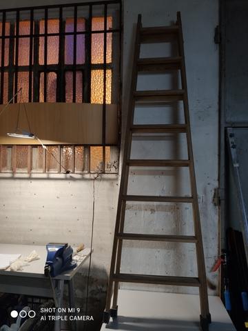 Escalera De Madera De 8 Peldaños.
