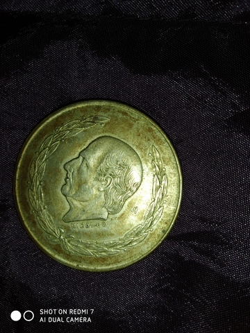 Moneda De Plata Antigua