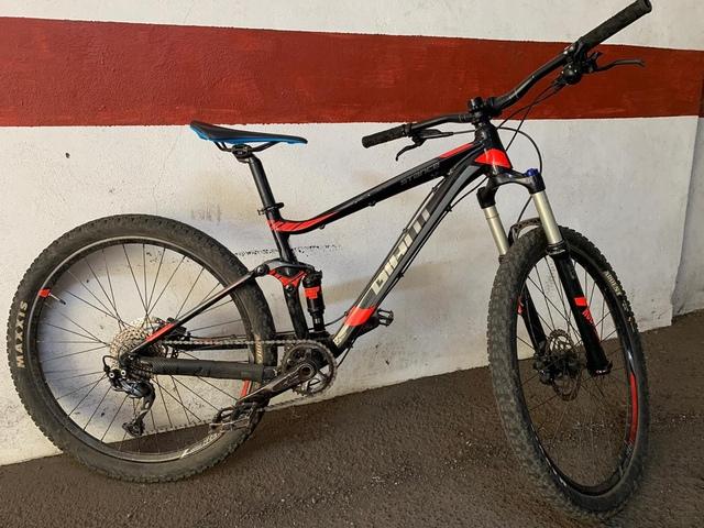 Bicicleta Giant De Enduro