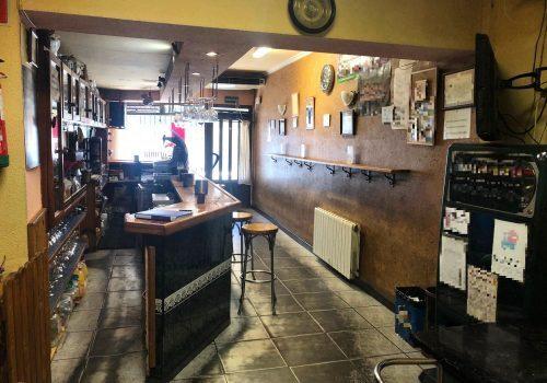 BAR RESTAURANTE EN CARRETERA CON PASO - foto 3