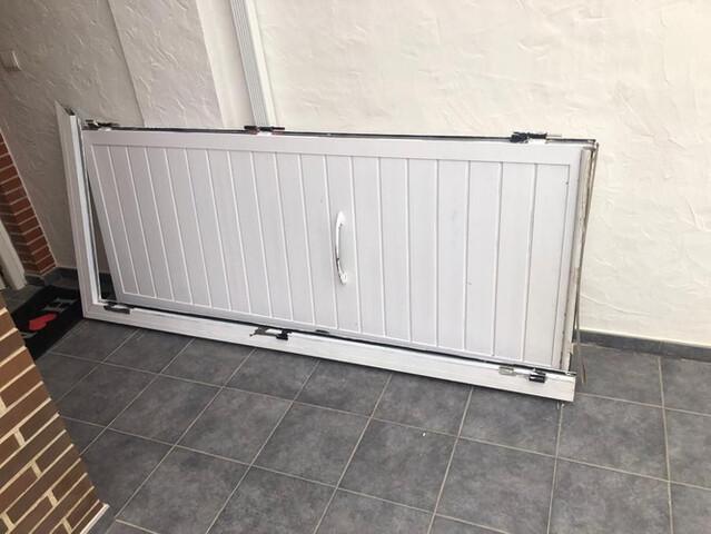 Vendo Puerta Metal