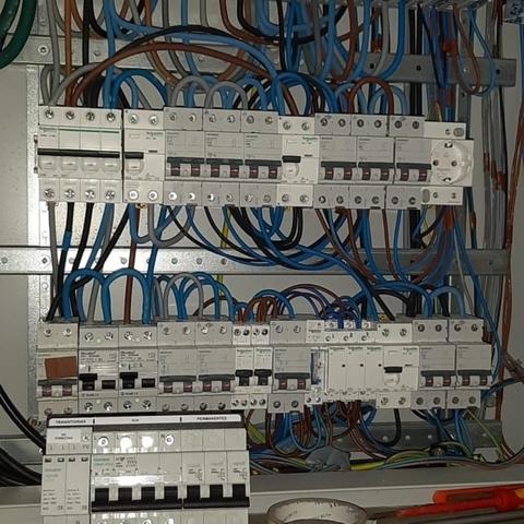 ELECTRICISTA AUTORIZADO 632239907 - foto 2