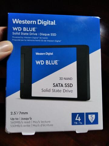 SSD WD BLUE 3D 4TB PRECINTADO - foto 1