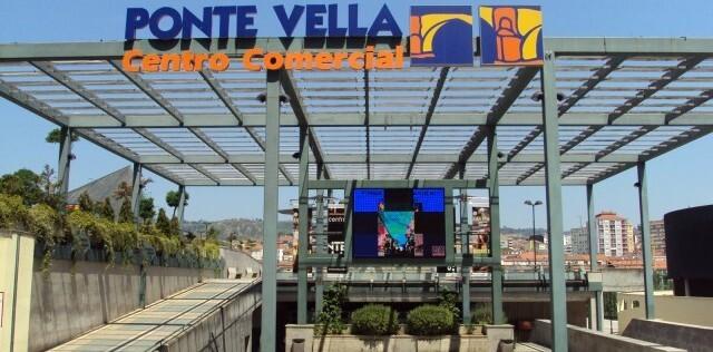 PONTE VELLA CENTRO COMERCIAL - foto 2