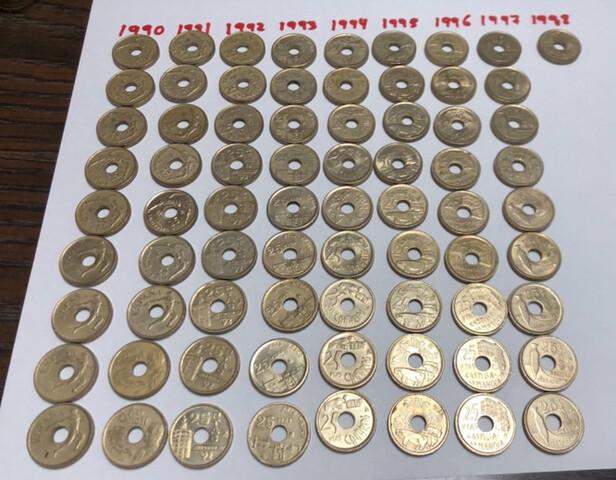 Monedas De 25 Pesetas Con Agujero