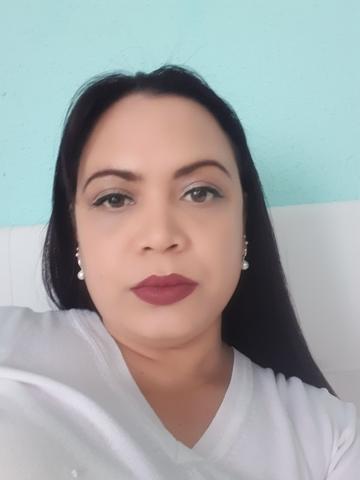 CHICA BUSCA  TRABAJO - foto 1