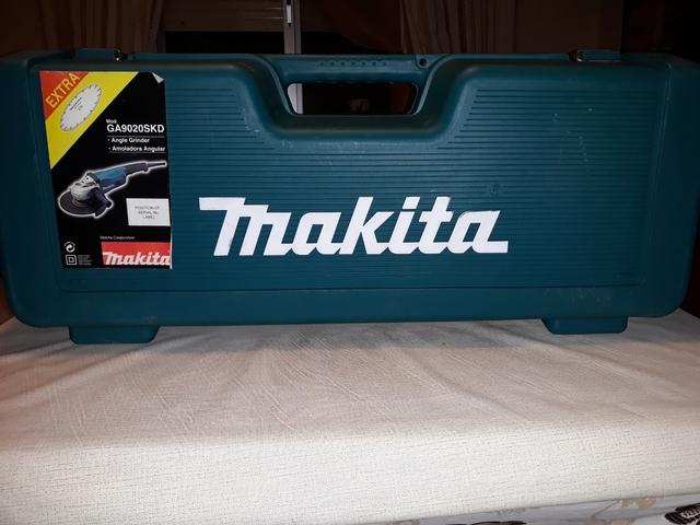 Amoladora Makita Ga9020Skd