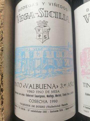 """Vino Vega-Sicilia """"Valbuena"""" 3ª Año 1980"""