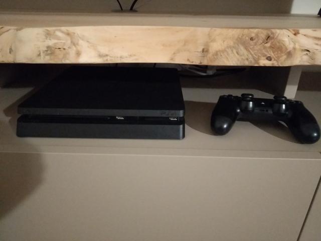 PACK PS4 SLIM 1TB CON JUEGOS - foto 1