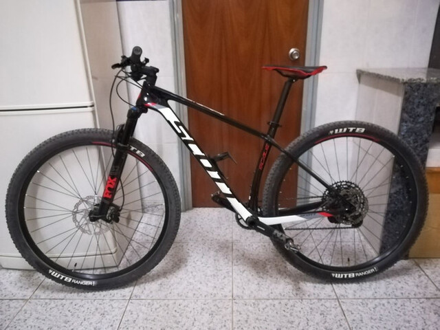"Bicicleta De Montaña 29"" Scott Carbono"