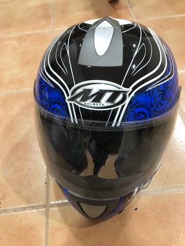Casco De Moto Integral.  Mt Helmets