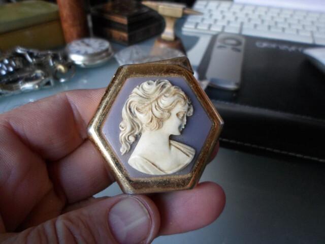 Mechero Antiguo Marca Royal Elsa