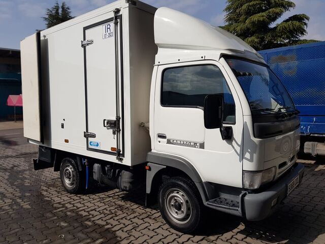 NISSAN - CABSTAR 95. 32 2. 7 TD ISOTERMO - foto 1