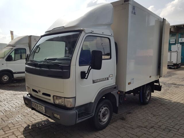 NISSAN - CABSTAR 95. 32 2. 7 TD ISOTERMO - foto 2