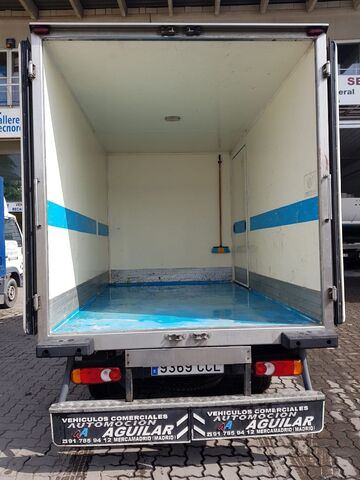 NISSAN - CABSTAR 95. 32 2. 7 TD ISOTERMO - foto 4