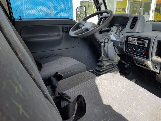 NISSAN - CABSTAR 95. 32 2. 7 TD ISOTERMO - foto 5