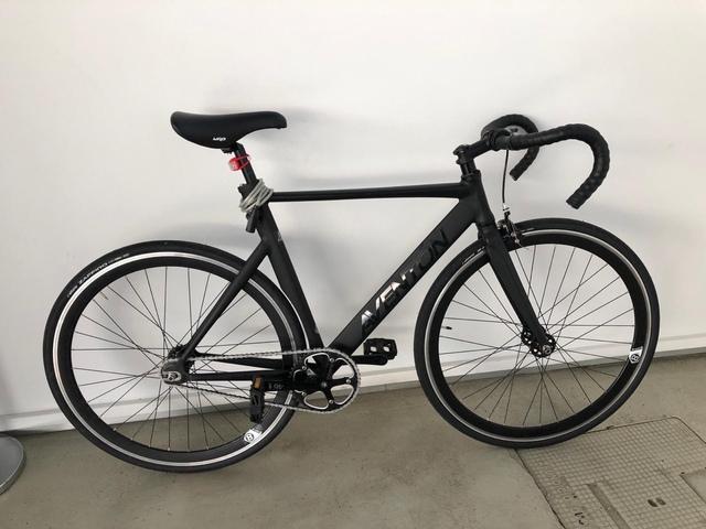 Bicicleta Fixie Aventon