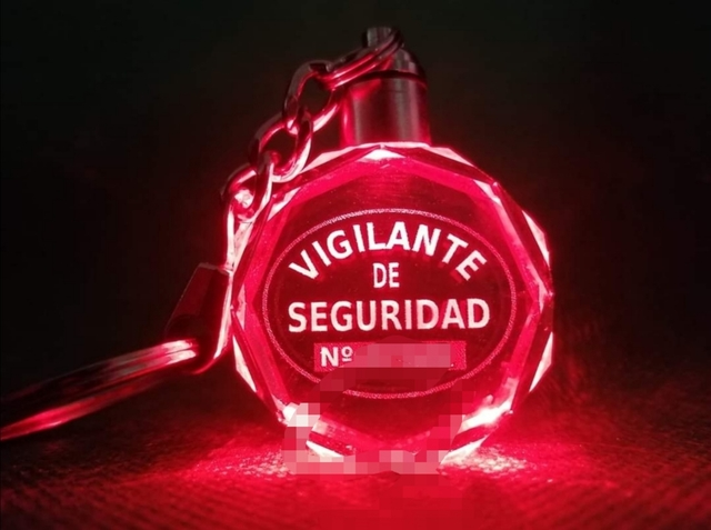 Llavero Cristal Led Vigilante De Segurid