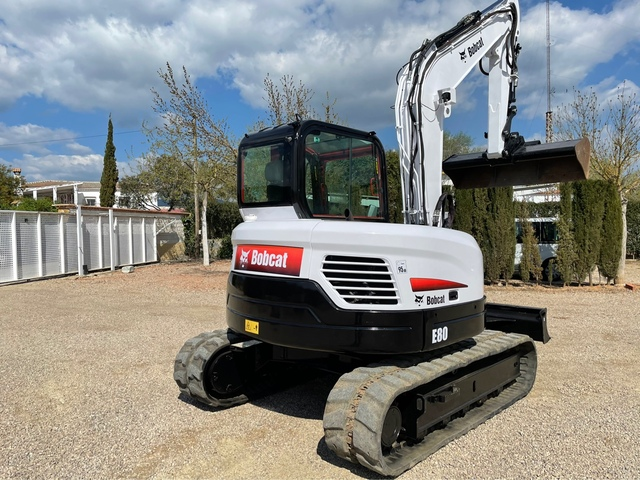 BOBCAT E80 IMPECABLE - foto 3