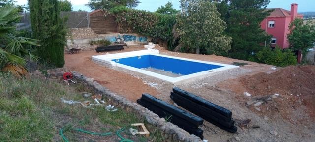 BUSCO MONTADOR PISCINAS - foto 1