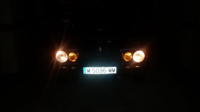 MERCEDES - W123 300D - foto 9