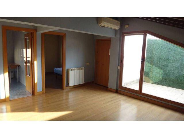 REF: 003098.  SUPERF.  77 M²,  ÚTIL 77 M²,   3 - foto 4