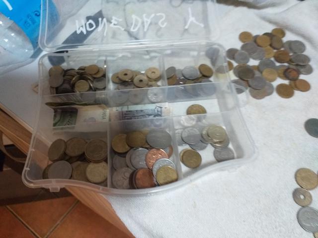 Monedas Españolas Y Extranjeras