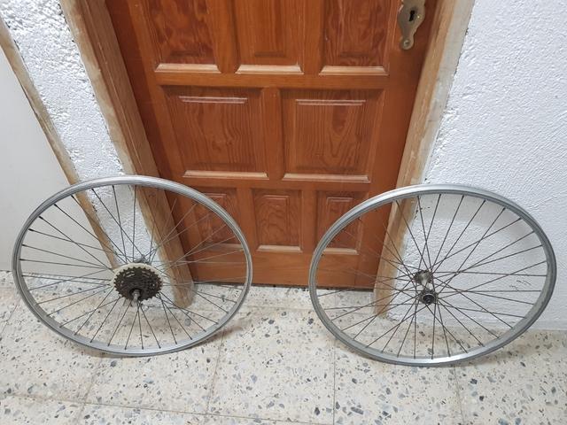 Llantas Bicicleta Talla 26,  Leer Abajo