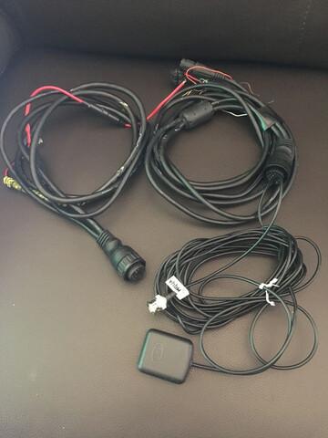 ANTENA Y CONECTORES GPS - foto 1