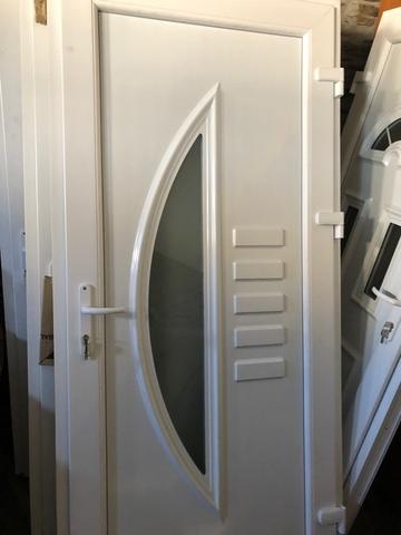 Puertas De Entrada En Pvc Nuevas 580 /U