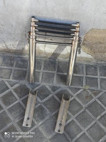 ESCALERA ACERO 5 PELDAÑOS - foto 1