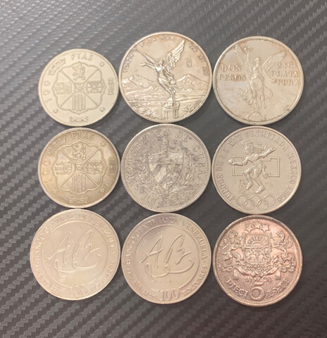 Lote De Nueve Monedas De Plata