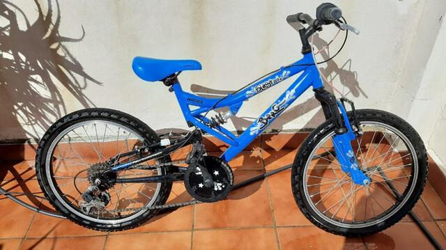 Se Vende Bicicleta De Niño.