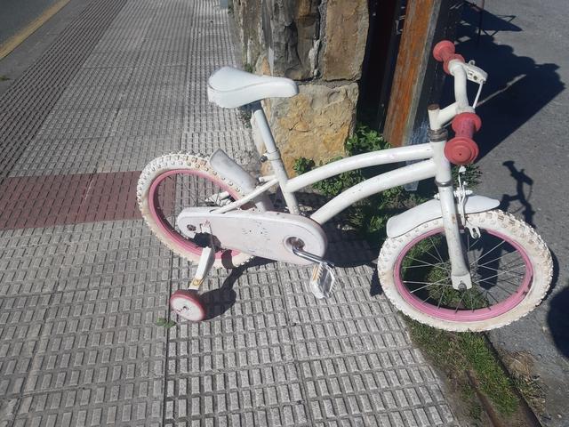 Bicicleta Para Niñas Es De 16 Pulgadas
