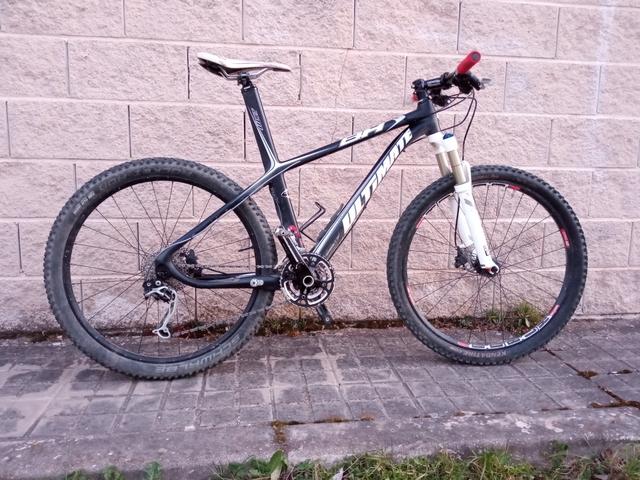 Bici Carbono Bh