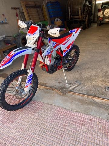 BETA - 350 RR FACTORY - foto 1
