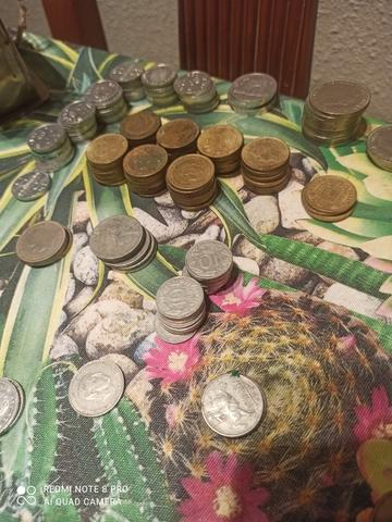 Moneda Variadas