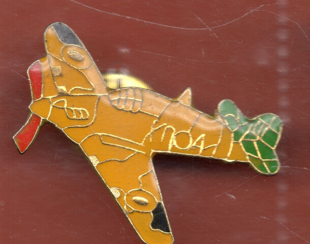 Pin Avion Amarillo