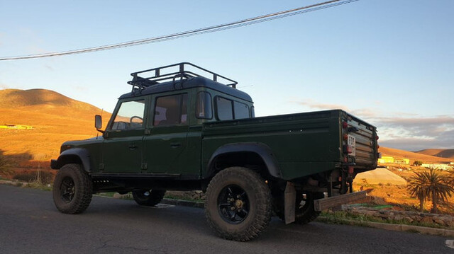 LAND-ROVER - DEFENDER - foto 4