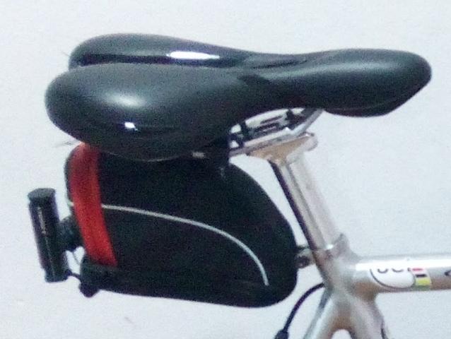 Vendo Bolsa Sillín Bicicleta Con Luz
