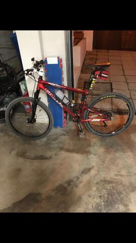Bicicleta Giant Hantem Doble