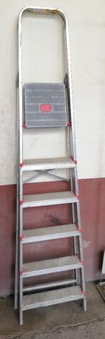 Escalera Plegable De Aluminio 6 Peldaños