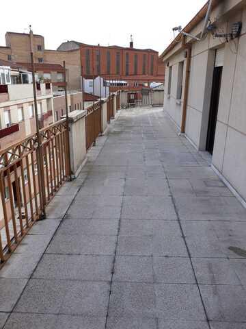 EL ROLLO,  POR LA AVD.  DE COMUNEROS - foto 1