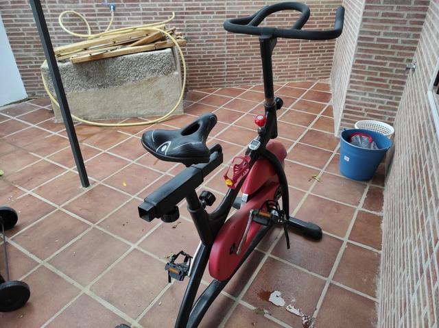 BICICLETA SPINNING - foto 4