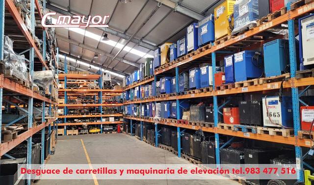 DESGUACE DE CARRETILLAS ELEVADORAS - foto 3