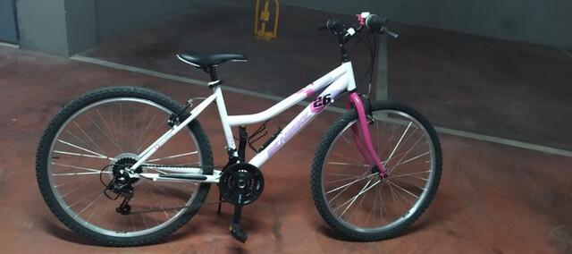 """Se Vende Bici Montaña 26 """" Mujer"""
