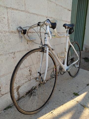 Bicicleta Marca Zeus 7004